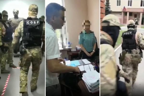 Во время обысков следователи изъяли нужную им документацию