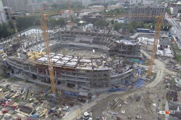 Строительство ледовой арены идет полным ходом