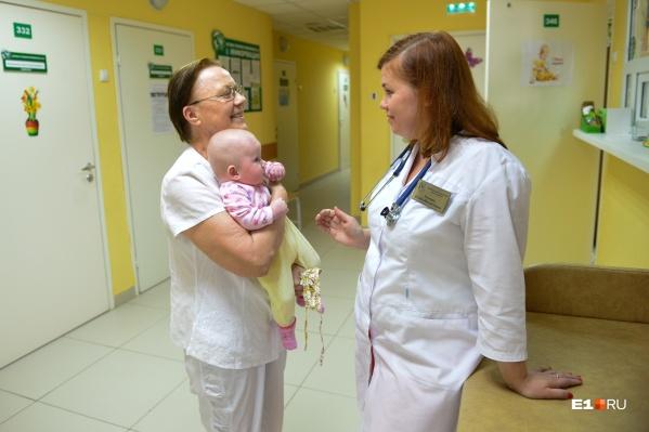 Маленьких пациентов с COVID-19 будут лечить сразу в нескольких больницах города