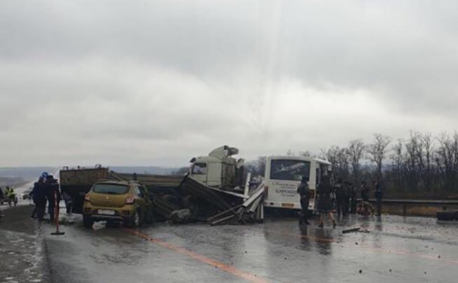 Дело о ДТП у Платова, в котором погибли два человека, передали в суд