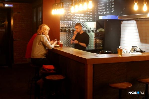 Свой вклад в рост количества точек разливного пива вложили небольшие бары, которые тоже предлагают такую услугу, а значит, попали в статистику 2ГИС