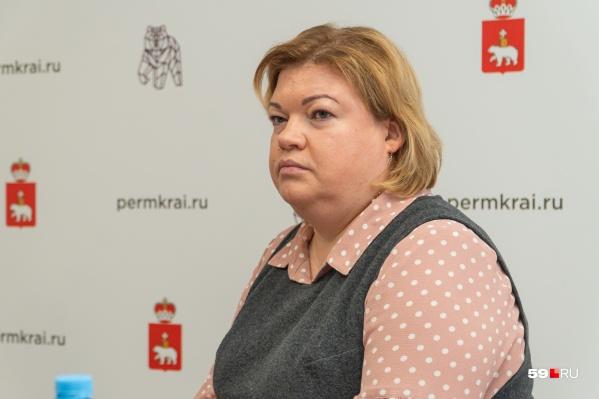 Министр здравоохранения Оксана Мелехова на брифинге