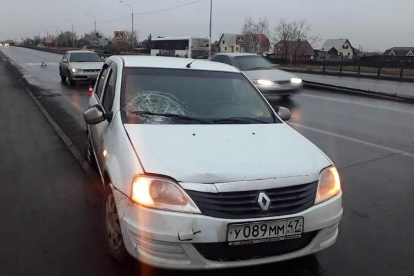 Водитель сбил девушку ранним утром — сообщение о ДТП поступило в 07:15