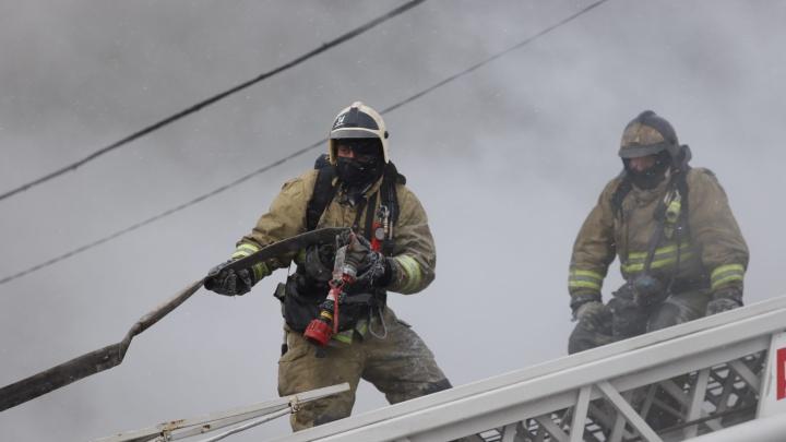 «Вода кончилась почти сразу». Как пожар уничтожал ростовский рынок «Классик»