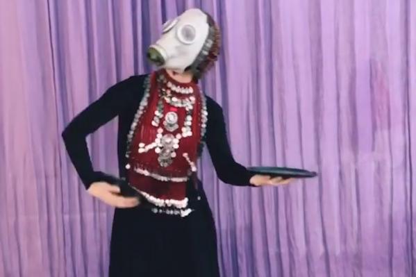 Девушка участвовала в шоу «Танцы» на ТНТ, но до финала не дошла