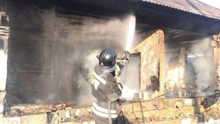 В Челябинске произошел взрыв в жилом доме. Погибла мать с детьми