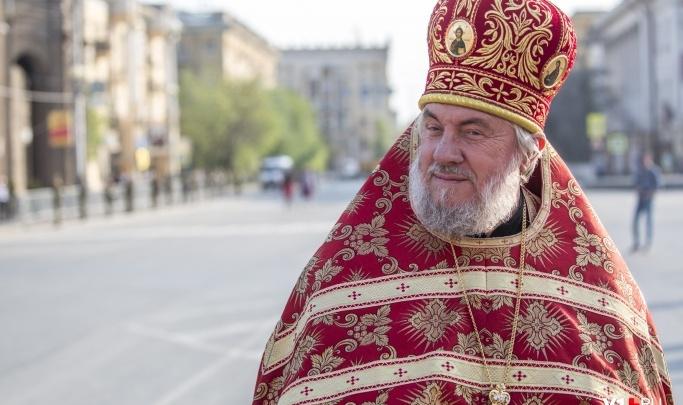 «Прогнозов не дают никаких»: в Волгограде врачи продолжают бороться за жизнь настоятеля Казанского собора