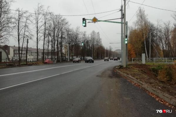 Капитальный ремонт Тутаевского шоссе делают с августа прошлого года почти за 700 миллионов рублей