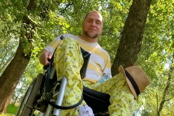 Олег Астахов около трех лет ведет блог в Instagram, его читают почти 70 тысяч человек