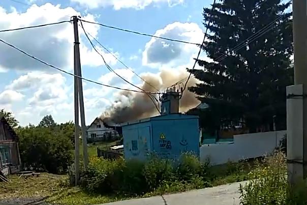 В Заводоуковске 11-летний мальчик спас маленькую сестру во время пожара
