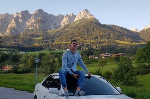 Михаилу 23 года, эта поездка стала его первым большим путешествием