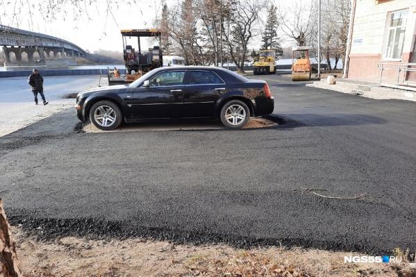Вероятно, владелец авто не знал, что здесь будут проводить работы