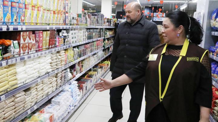 Игорь Орлов проверил лично, есть ли в магазинах Архангельска популярные из-за коронавируса продукты