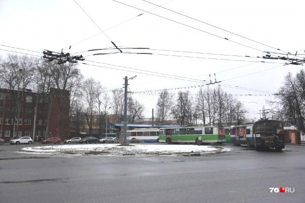 Речь идёт о планировании на участке разворотного кольца троллейбусов и автобусов