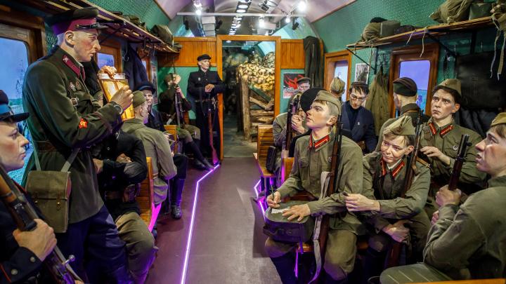 Мадам Пенициллин и плененный Паулюс: в Волгограде на два дня остановился уникальный «Поезд Победы»
