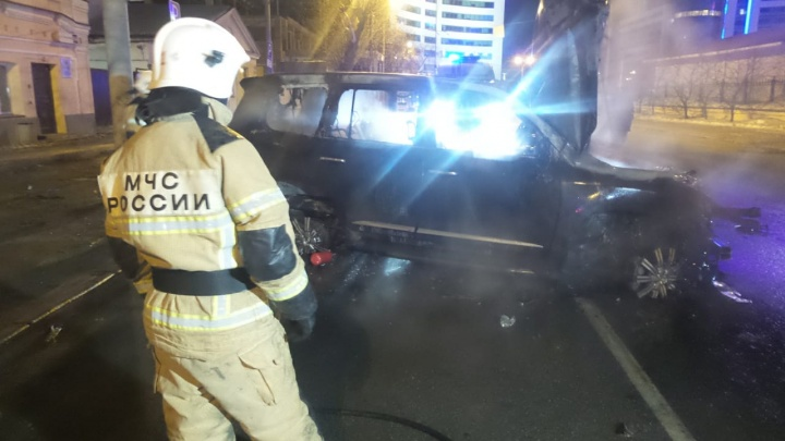 На Розы Люксембург Lexus с «блатным» номером насмерть сбил пешехода