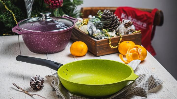 Место кастрюли — под ёлкой: почему посуда — это хороший подарок