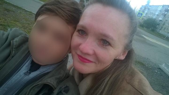 Знакомая матери, закрывшей младенца в шкафу: «Накануне она танцевала на заводском празднике»