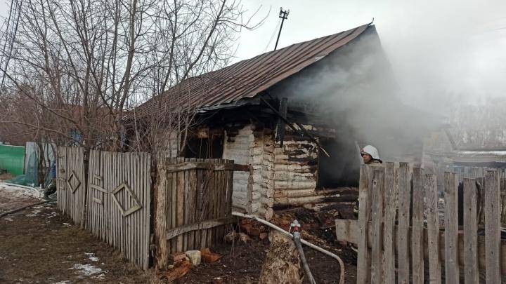 По факту пожара в Башкирии, где погиб двухлетний ребенок, возбудили уголовное дело