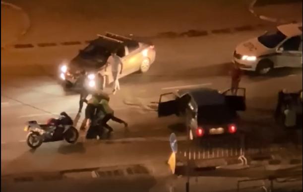 В Сети появилось видео задержания водителя «девятки», за которым в Перми устроили погоню инспекторы ДПС