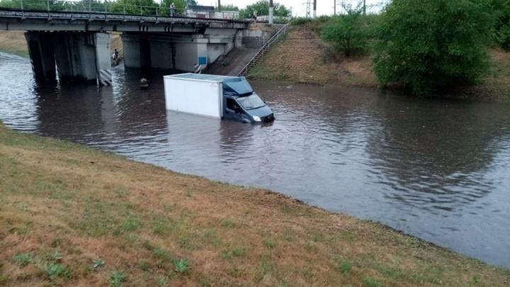 «Ливнёвка на такую нагрузку не рассчитана»: власти Кургана прокомментировали потоп после дождя