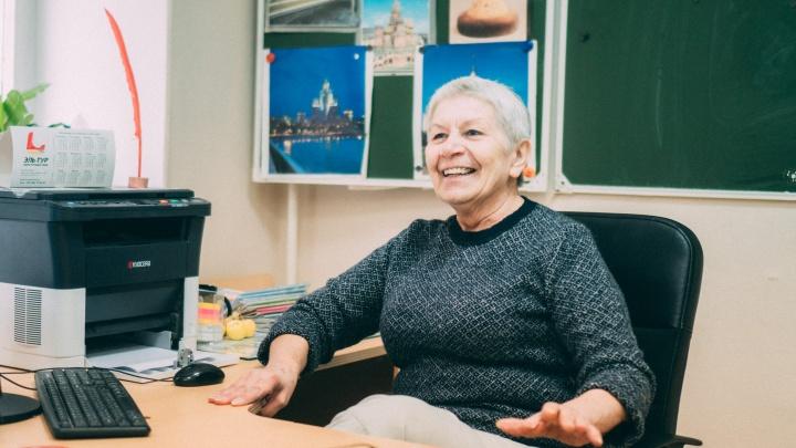 «Благородное неоплачиваемое дело»: учителя советской закалки рассказали о работе в современной школе