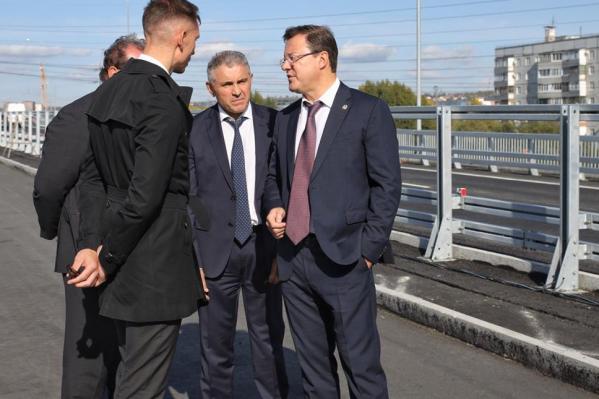 Дмитрий Азаров и министр транспорта и автомобильных дорог Самарской области Иван Пивкин обсудили с подрядчиками ход работ на трехуровневой развязке