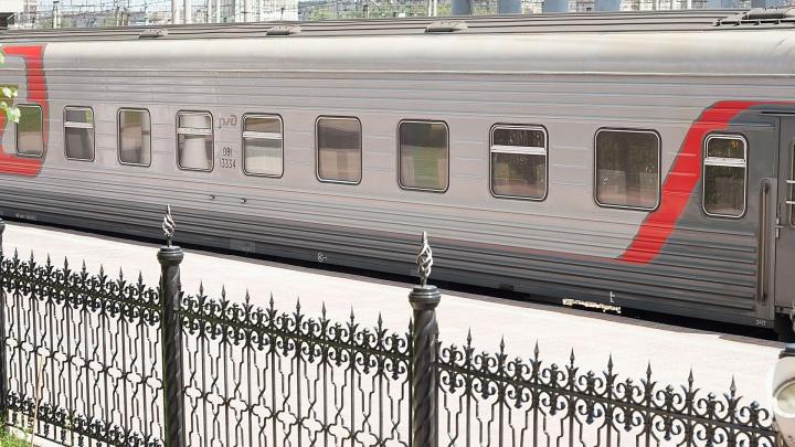 В Челябинской области пассажирский поезд насмерть сбил мотоциклиста