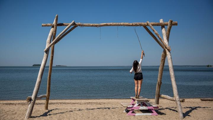 Как несколько людей создают в Академгородке идеальный пляж (они уже собрали на него 500 тысяч рублей). Репортаж
