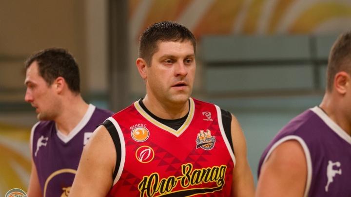 Новосибирский баскетболист Алексей Устиновский умер на турнире по стритболу