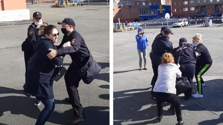 Полиция разогнала родителей, выступавших против дистанционного обучения