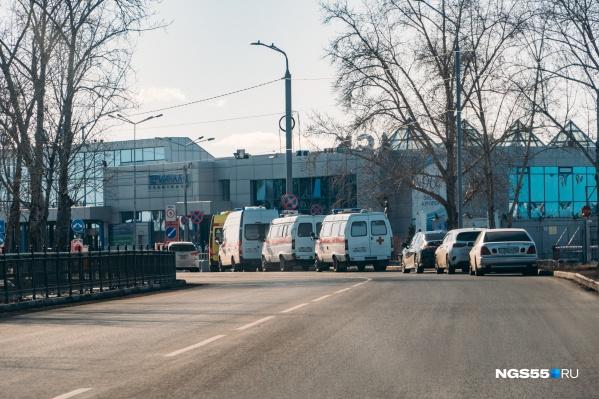 Омские врачи готовы оказать больным из других регионов всю необходимую помощь