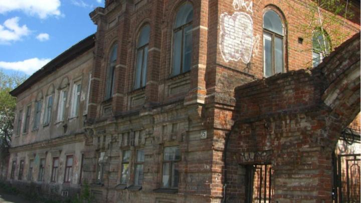 Дом купца Лаптева внесут в реестр исторических памятников Перми. Ранее он попал в список под снос