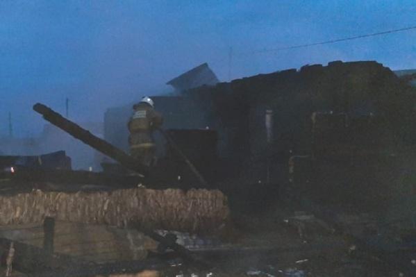 В Шипицыно ведется расследование после случившегося пожара — подозревают поджог