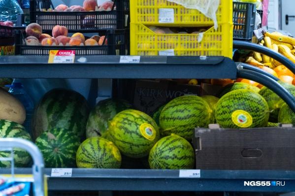 Сейчас сложно найти арбуз дешевле 33 рублей за килограмм