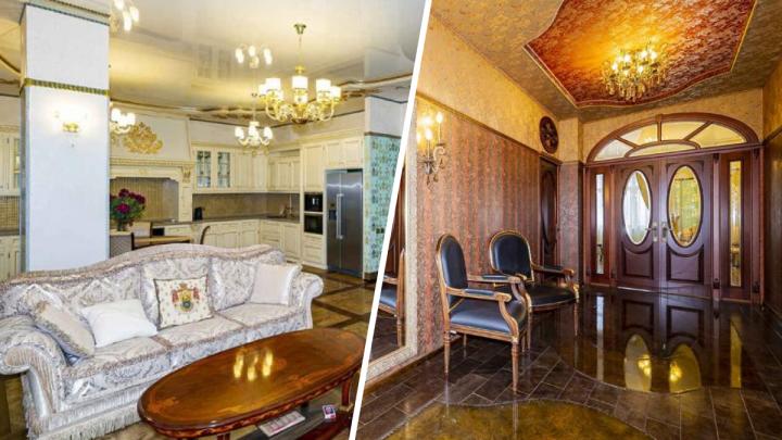 Стать соседом губернатора: в доме Евгения Куйвашева продают огромную трехкомнатную квартиру