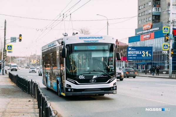 Покупка 86 троллейбусов и трамваев привела к росту экономически обоснованного тарифа на 24 рубля