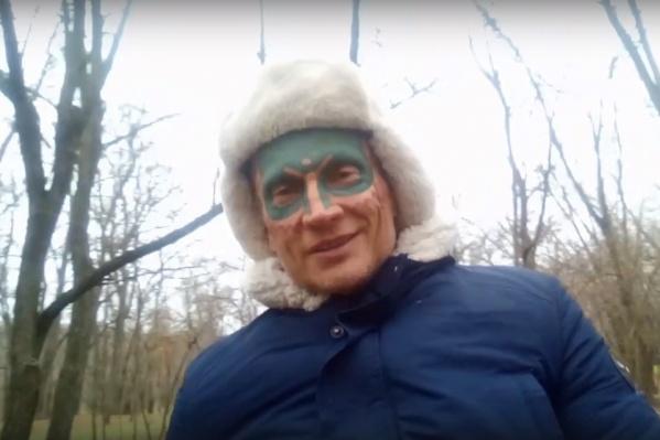 Древарх не понаслышке знает о защите деревьев и сам посадил в Архангельске не одно растение