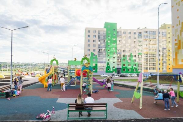 Мини-парк построили в первом высотном квартале микрорайона