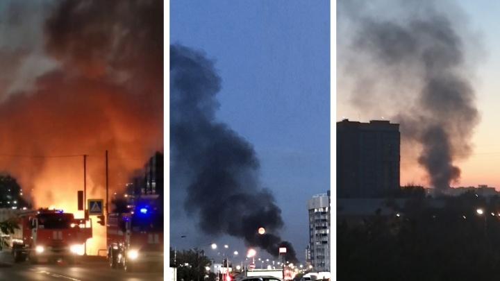 На Авиаторов вспыхнул пламенем припаркованный микроавтобус