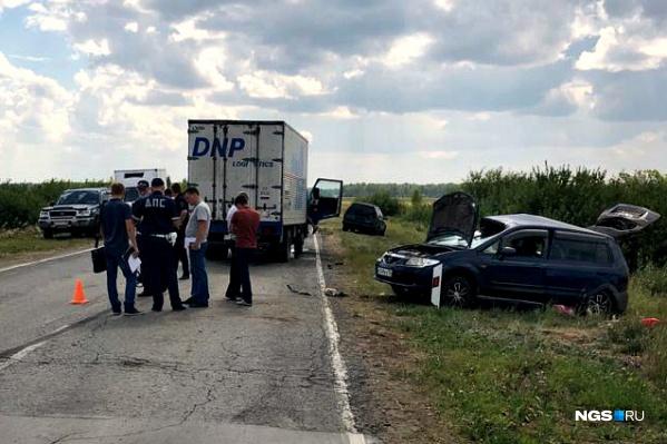Трагедия произошла на дороге из Чистоозерного в Купино