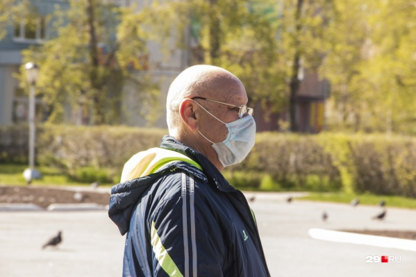 Артём Вахрушев предложил муниципальным образованиям тщательнее следить за соблюдением рекомендаций Роспотребнадзора