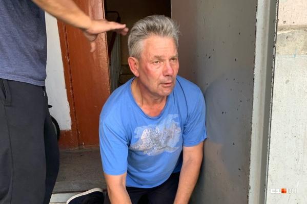 Олега задержали местные жители