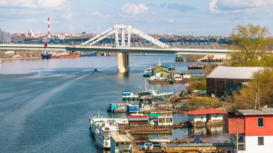 Ростехнадзор требует закрыть движение по Фрунзенскому мосту