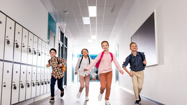 Все лучшее детям: чем занять ребенка в летние каникулы