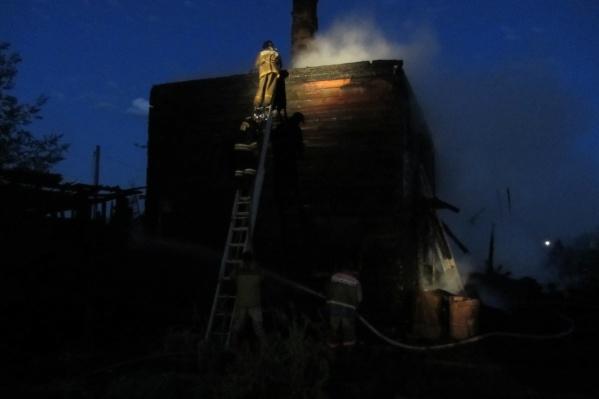 Двухэтажка в селе Пировское сильно пострадала
