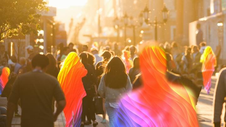 «Даже изменять жене лучше, чем быть геем»: гомосексуальные челябинцы — о стереотипах и давлении общества