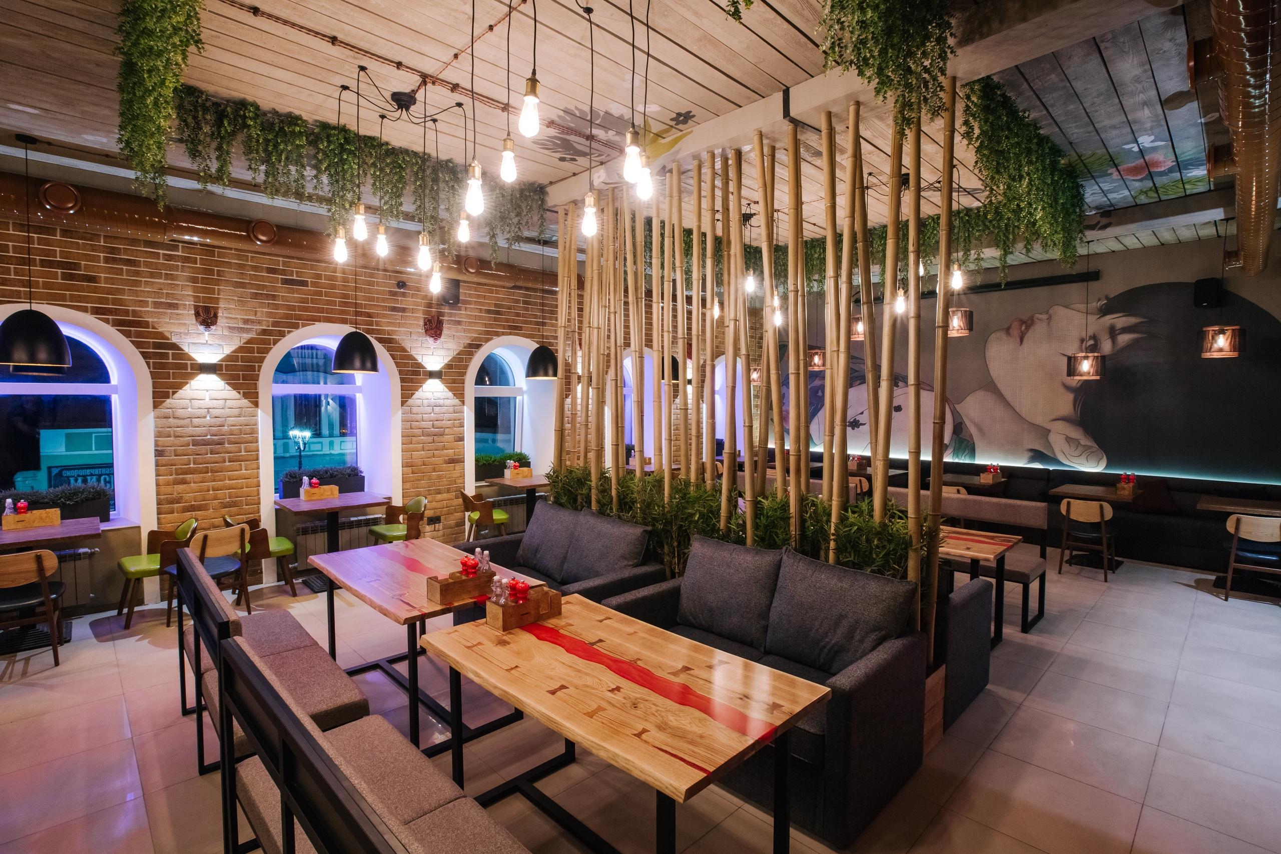 Атмосфера ресторана располагает к уютным посиделкам с друзьями или семьей