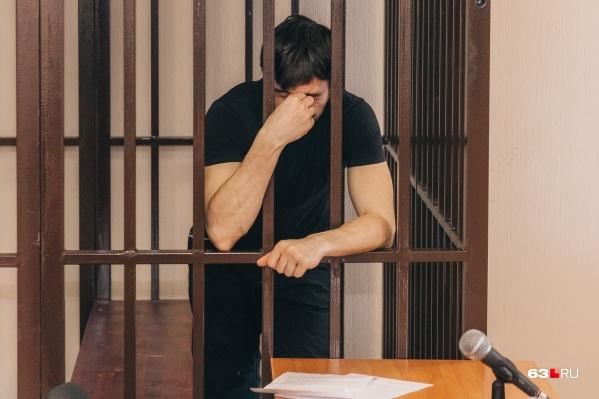 Мужчину обвинили в покушении на дачу взятки