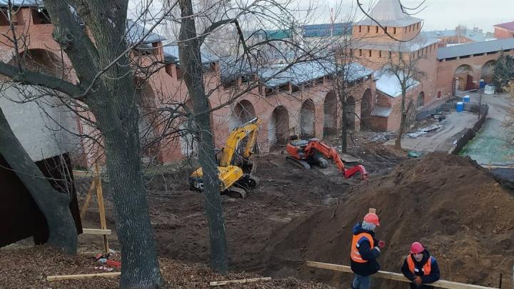 Градозащитники обеспокоены уничтожением культурного слоя из-за раскопок в Нижегородском кремле